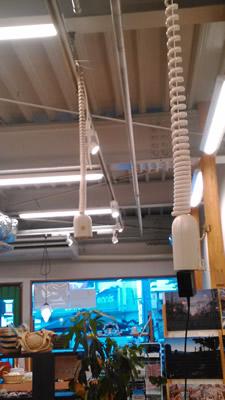 天井から電源をとる